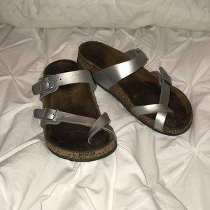 Birkenstock Kids Mayari Sandal. Silver Size 33